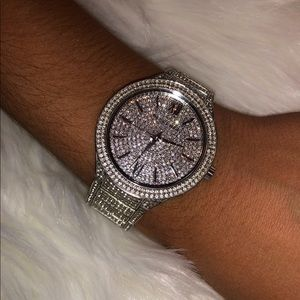 Michael Kors Silver Watch⌚️